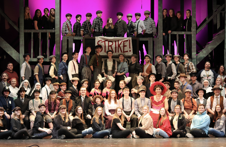Newsies+cast+and+crew+at+their+dress+rehearsal+on+Tuesday%2C+March+12th