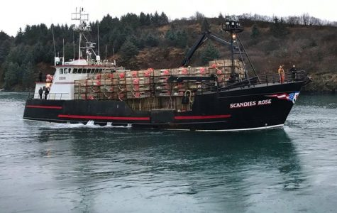 "5 Fisherman Featured on the Series ""Deadliest Catch"" Feared Dead After Alaska Fishing Boat Sinks"